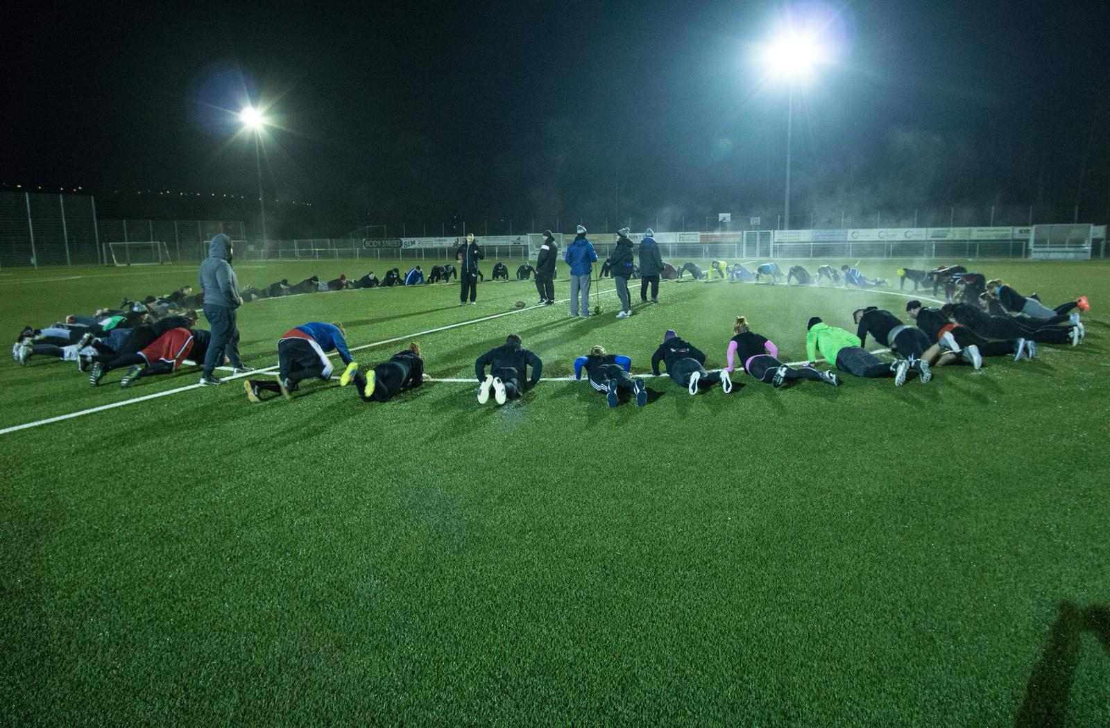 Stampers auf neuem Terrain und Football meets Sweet Karma Yoga